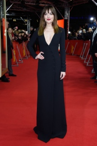 dakota-johnson-black-dior-dress-red-carpet