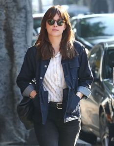 dakota-johnson-street-style-out-in-los-feliz-january-2015_1
