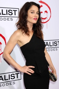 robin_tunney_the_mentalist_100_episode_celebration_in_los_angeles_13_october_2012_zoi8ZNaU.sized
