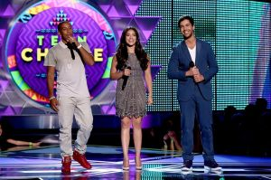 Co-hosts-Ludacris-Gina-Rodriguez-and-Josh-Peck-speak-onstage-during-the-Teen-Choice-Awards-2015