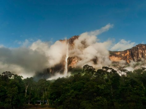 see-angel-falls--also-known-as-salto-ngel--in-venezuelas-canaima-national-park-as-the-worlds-highest-waterfall-it-has-a-height-of-3212-feet