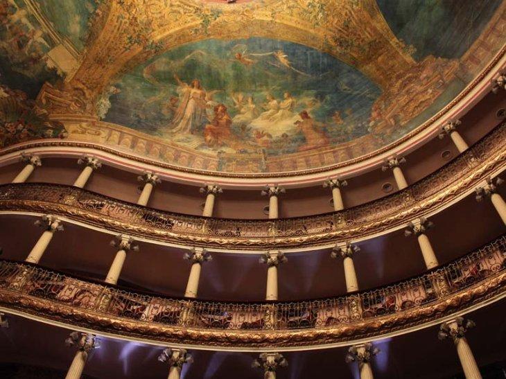 teatro-amazonas-brazil