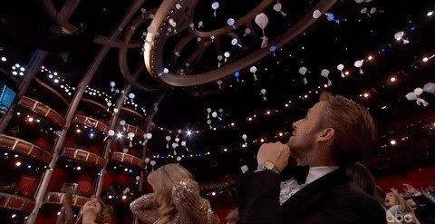 Candy-Falling-Oscars-2017.jpg