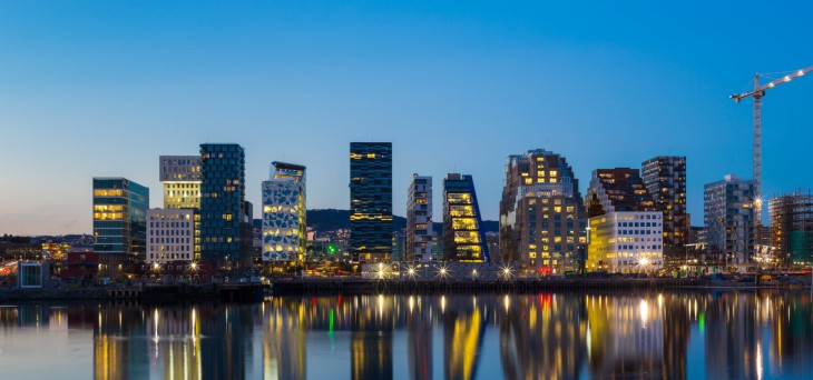 13004519-modern-buildings-in-oslo-at-twilight by W