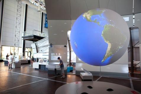 2009 - CSI - Exposition Objectifs Terre