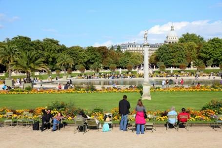bigstock-paris-park-27564803.jpg